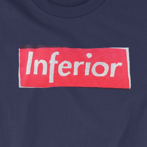 t-shirt inferior blue close